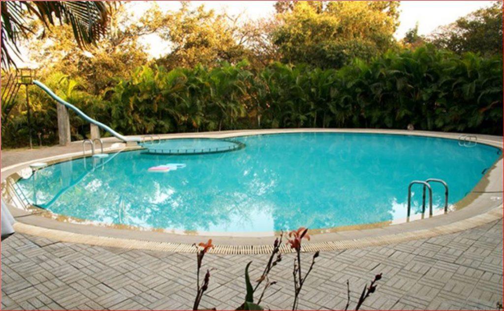 Bangalore Country Club Swimming Pool